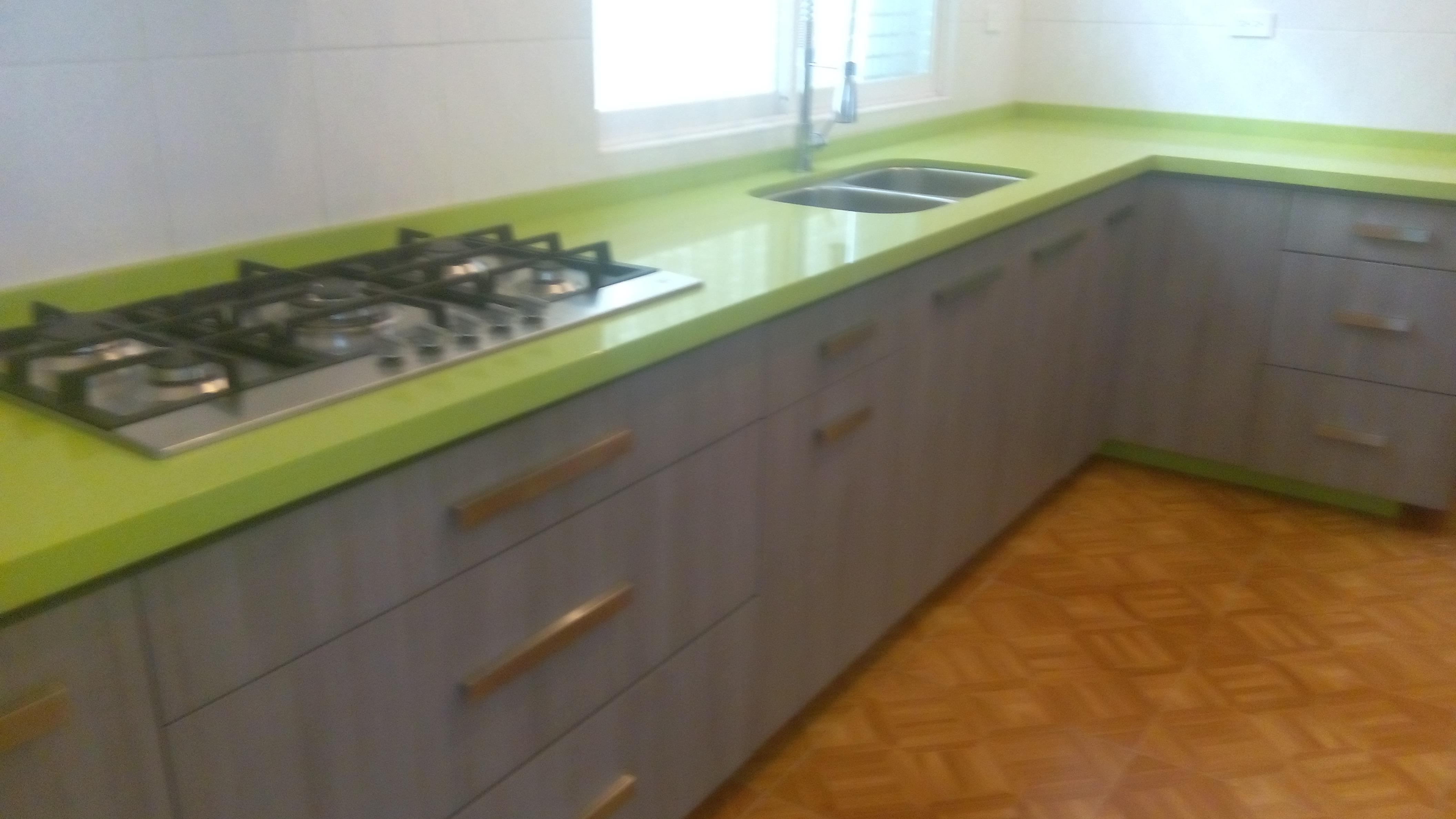 Cuarzo para cubiertas y barras de cocina integral ( PRESUPUESTOS )